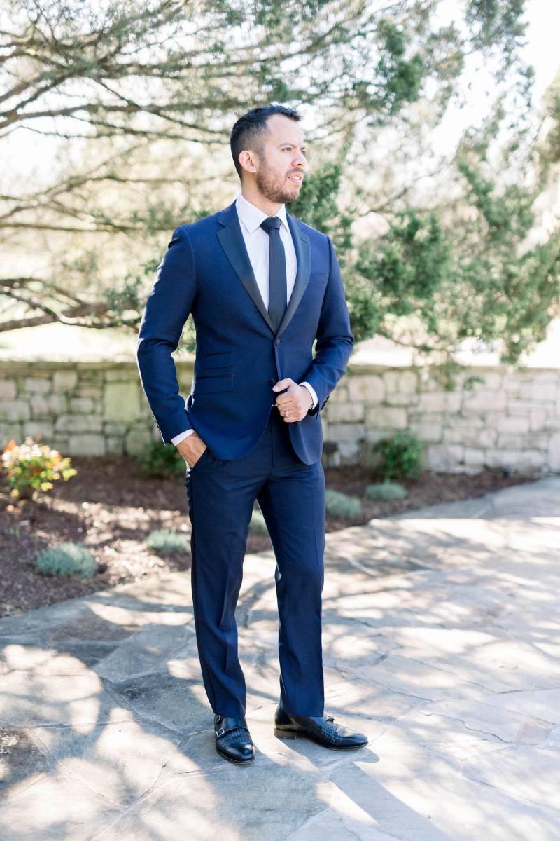Modern navy tuxedo: Elegant southern mansion wedding inspiration featured on Nashville Bride Guide