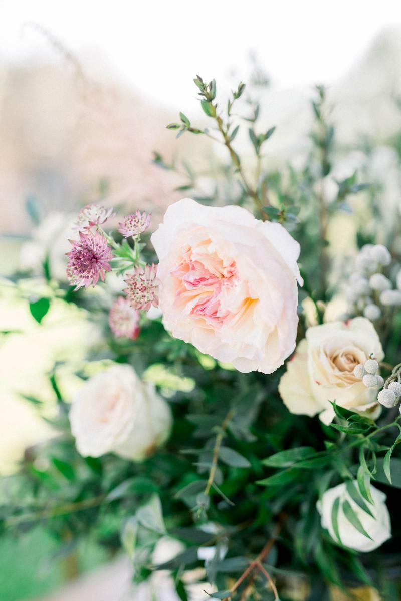 Pink wedding flowers: Elegant southern mansion wedding inspiration featured on Nashville Bride Guide