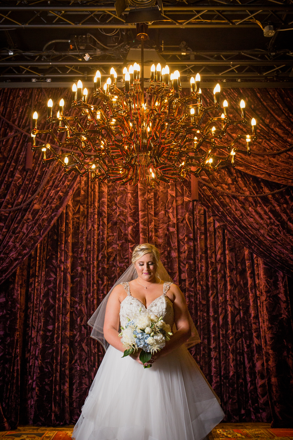 Bridal fashion: Charming & Fun Hutton Hotel Nashville Wedding