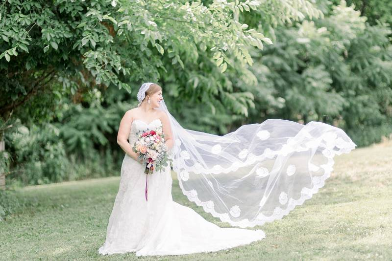 Bridal portrait: Hidden Creek Farm Wedding featured on Nashville Bride Guide