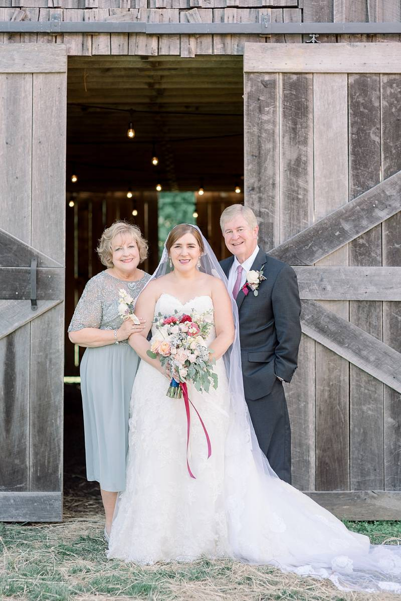 Wedding portrait: Hidden Creek Farm Wedding featured on Nashville Bride Guide