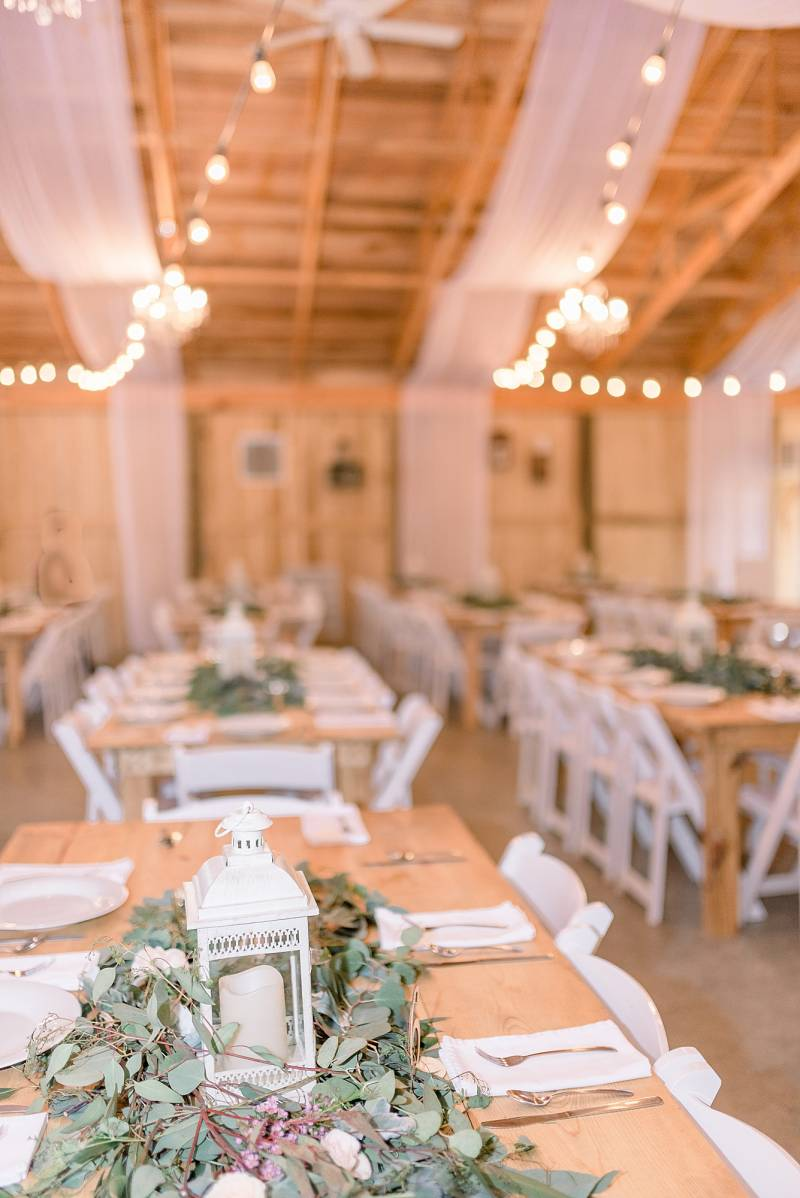 Wedding tablescape: Hidden Creek Farm Wedding featured on Nashville Bride Guide