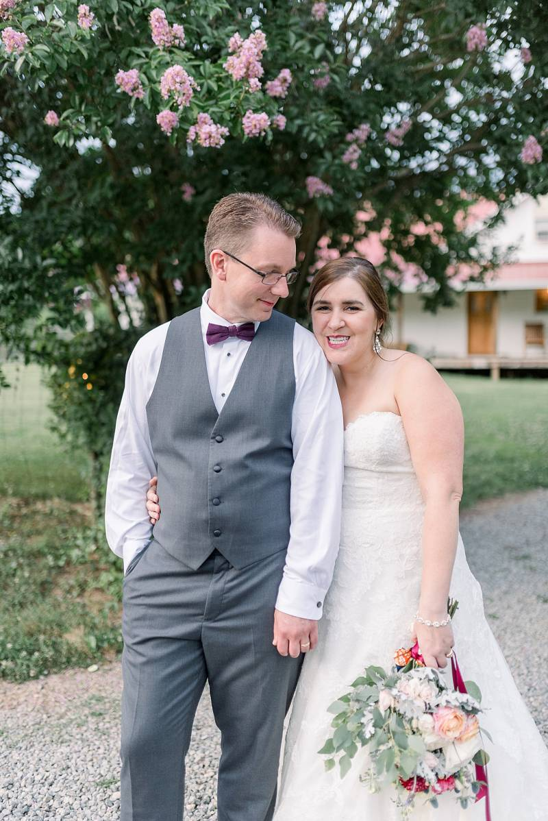 Couples portrait: Hidden Creek Farm Wedding featured on Nashville Bride Guide