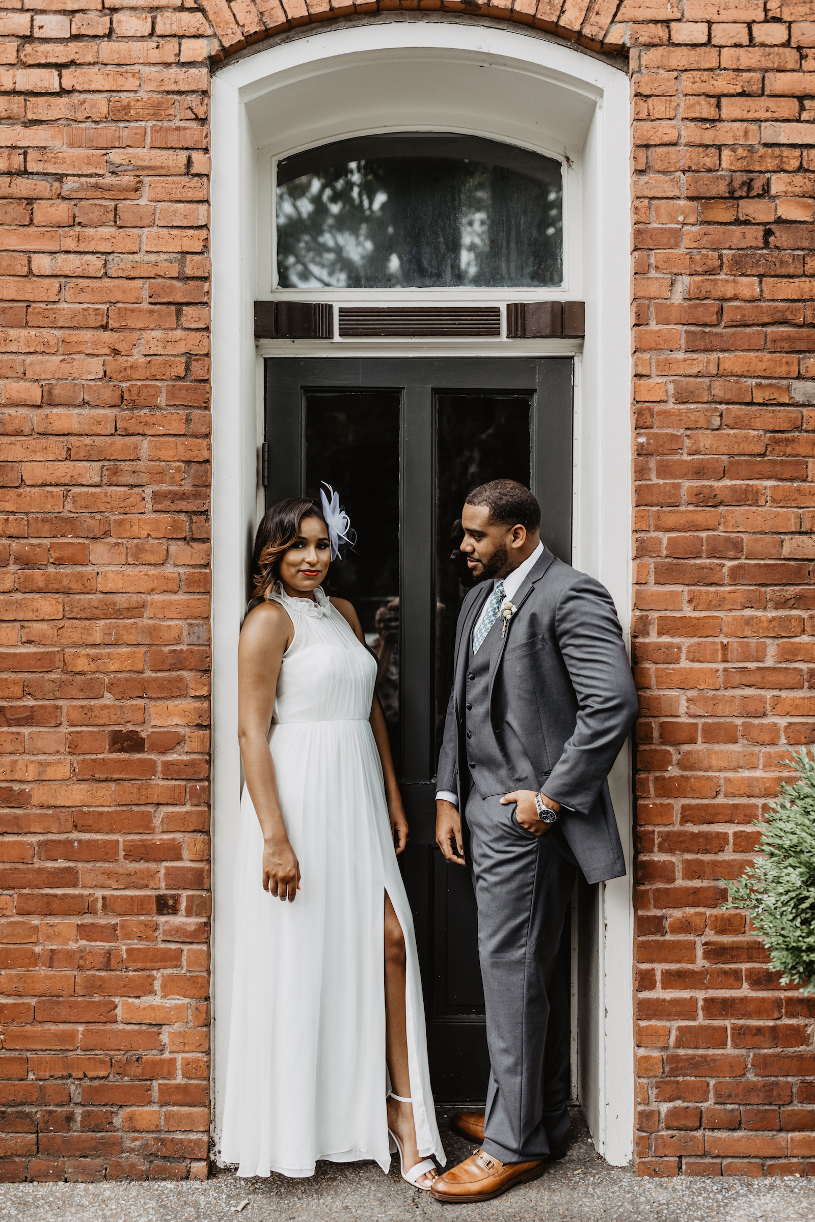 Creative wedding photos: Music City Merger wedding inspiration featured on Nashville Bride Guide