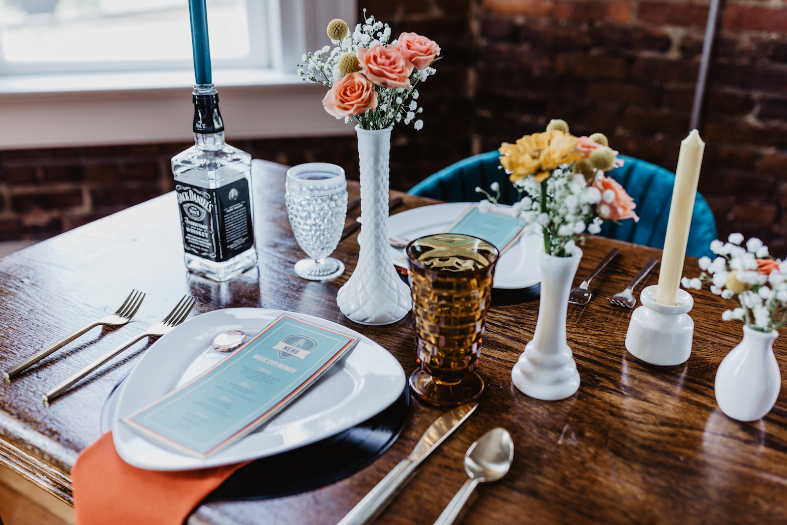 Simple wedding centerpieces: for Music City Merger styled shoot featured on Nashville Bride Guide
