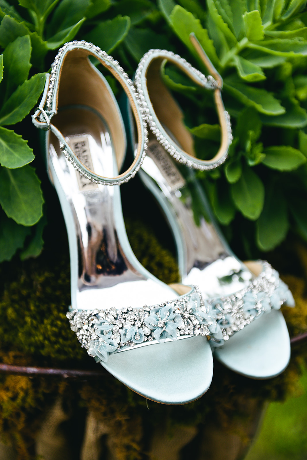 Wedding shoes: Elegant Cason Cove Wedding featured on Nashville Bride Guide