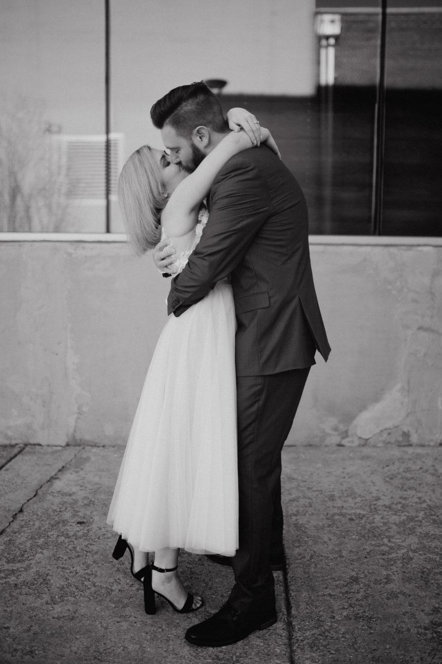 Black and white Nashville wedding photography: Nashville brunch elopement featured on Nashville Bride Guide