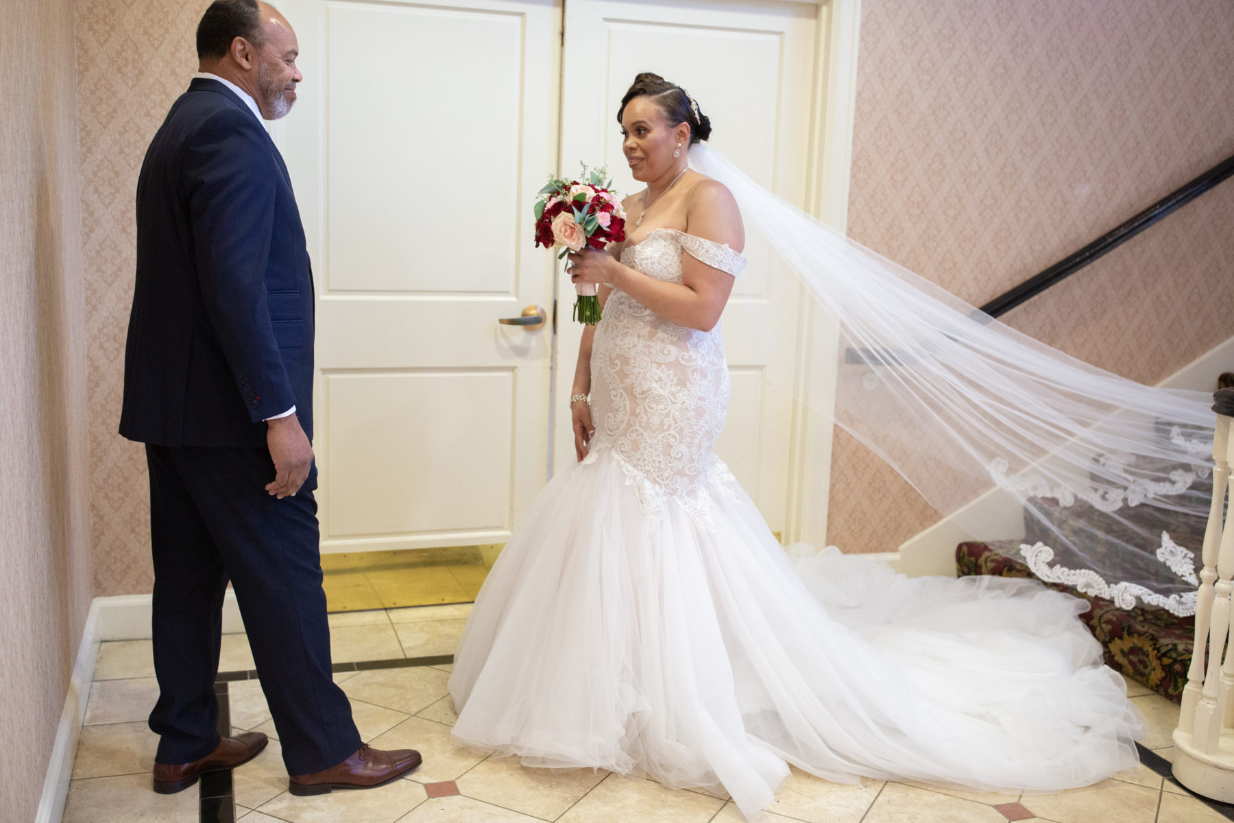 Father daughter first look: Luxurious Stone Rivers Country Club Wedding featured on Nashville Bride Guide