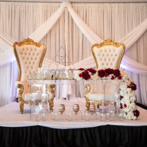 Glamorous sweetheart table design: Luxurious Stone Rivers Country Club Wedding featured on Nashville Bride Guide