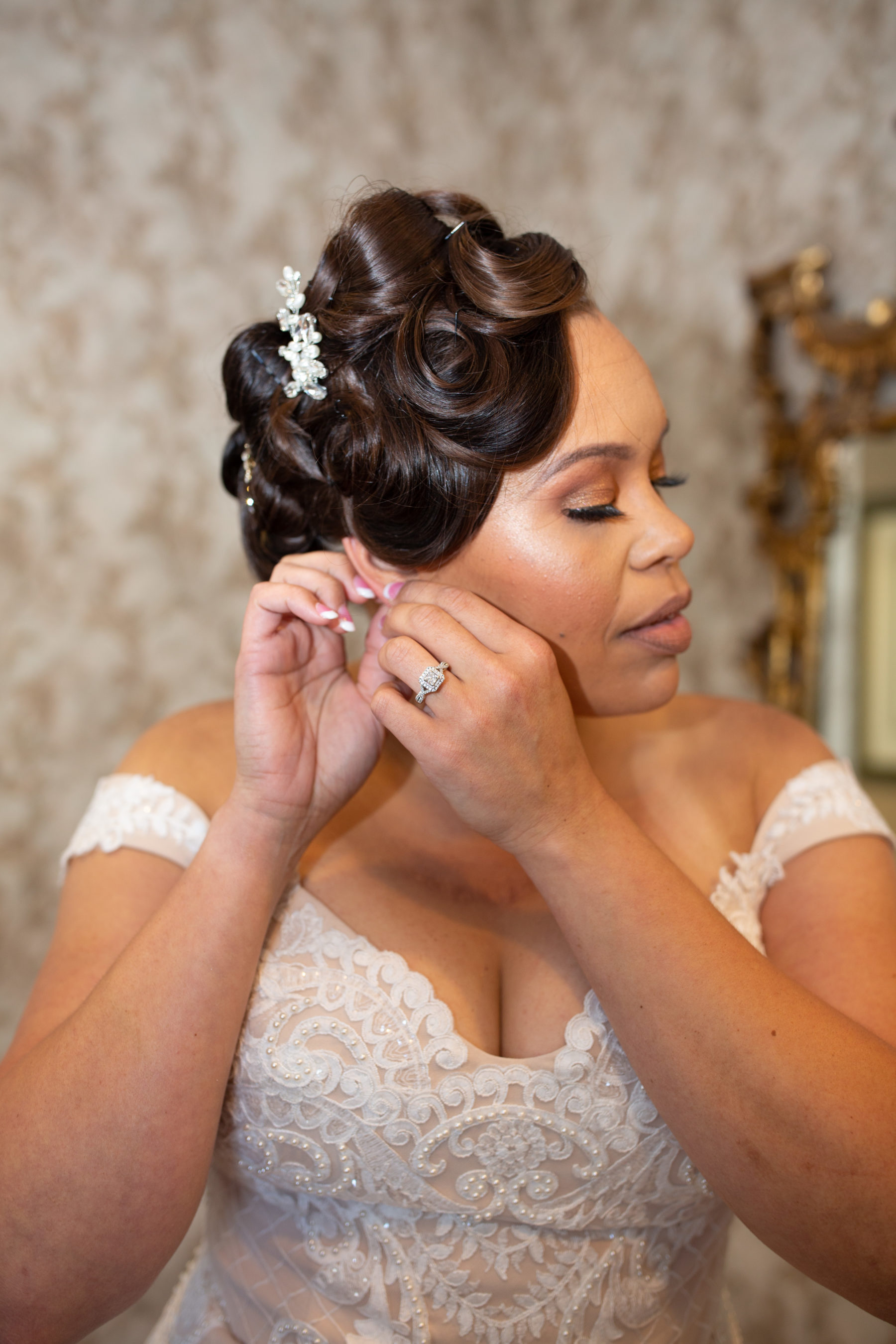 Bridal hair and makeup: Luxurious Stone Rivers Country Club Wedding featured on Nashville Bride Guide