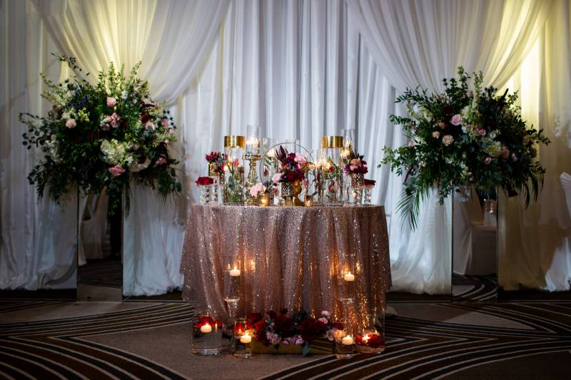 Candlelit wedding table decor: Downtown Hilton Nashville wedding captured by Sharon Theresa Wheaton Photography featured on Nashville Bride Guide