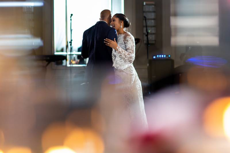 Bride and groom first dance: Downtown Hilton Nashville wedding captured by Sharon Theresa Wheaton Photography featured on Nashville Bride Guide