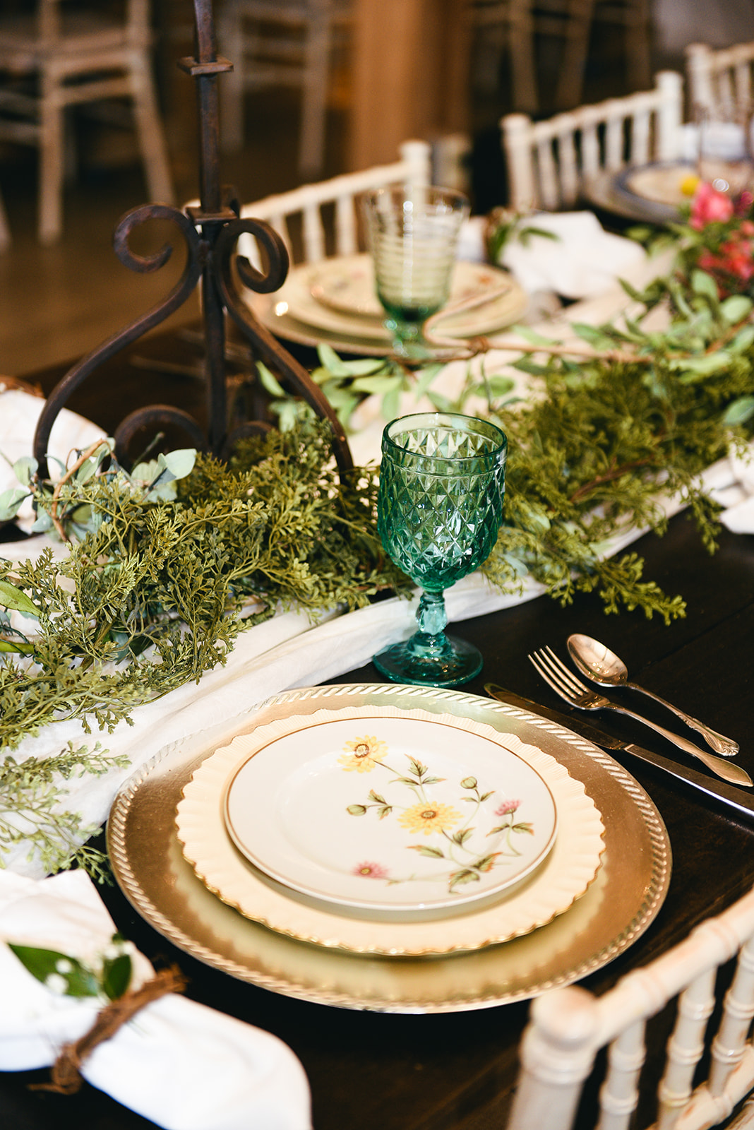 The Wedding Plate Nashville: Elegant Cason Cove Wedding featured on Nashville Bride Guide
