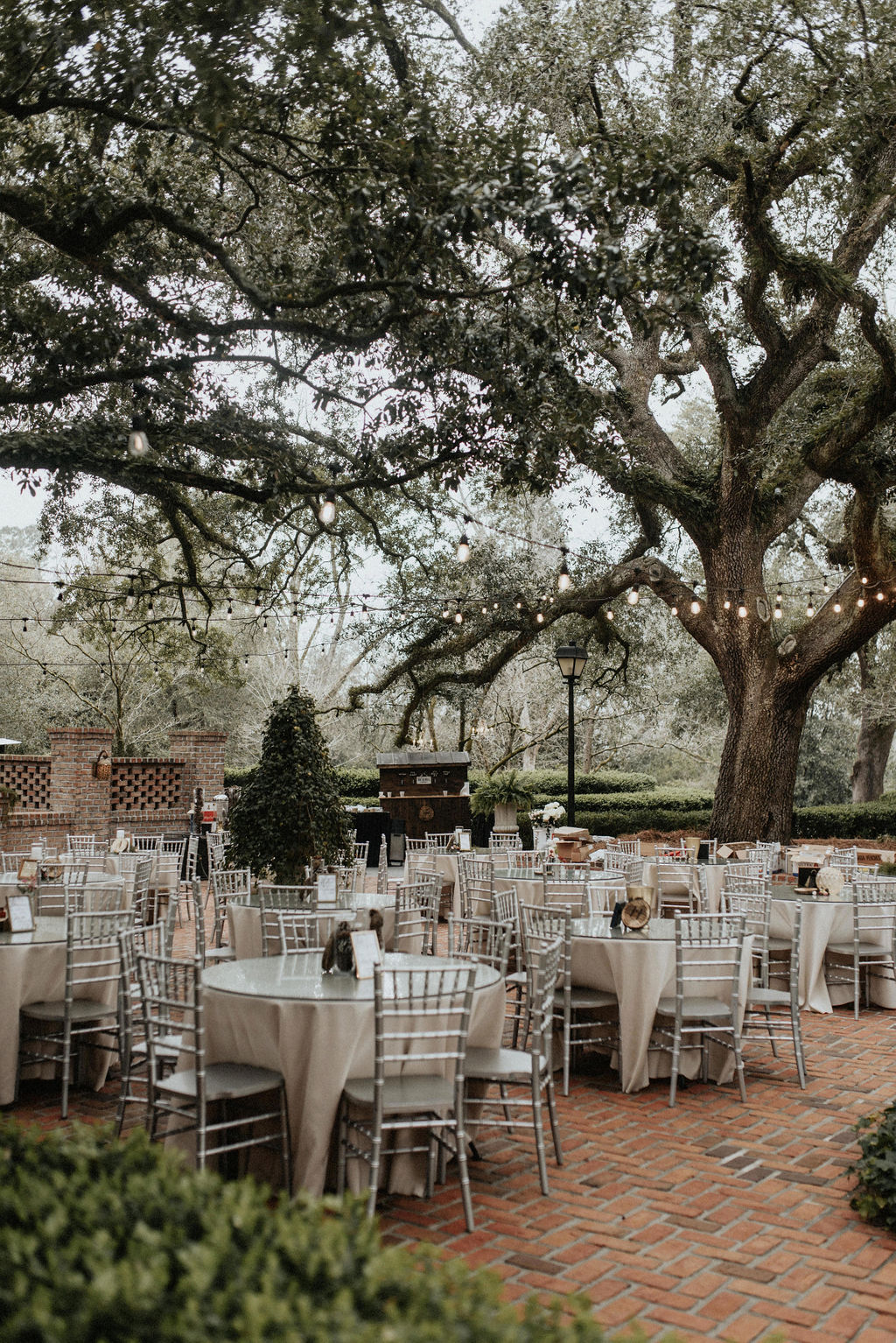Quinney Oaks Plantation wedding: Magical Winter Wedding by Meghan Melia Photography featured on Nashville Bride Guide!