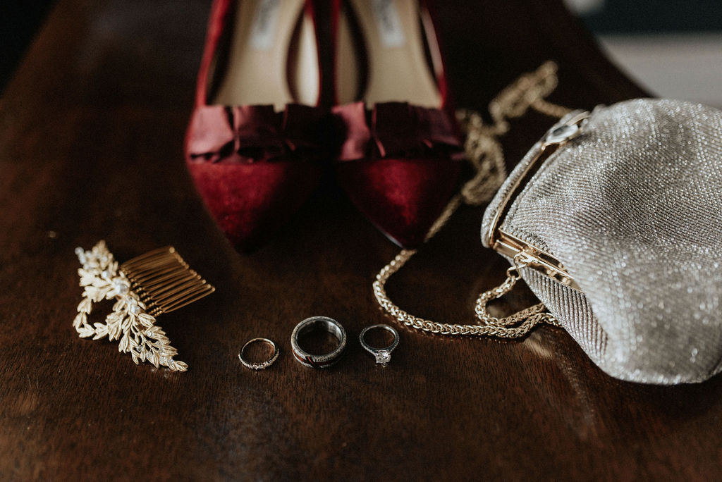 Bridal accessories: Magical Winter Wedding by Meghan Melia Photography featured on Nashville Bride Guide!