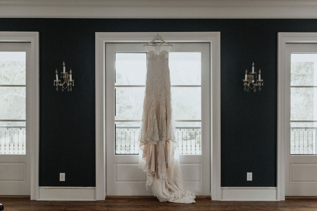 Wedding dress portrait: Magical Winter Wedding by Meghan Melia Photography featured on Nashville Bride Guide!