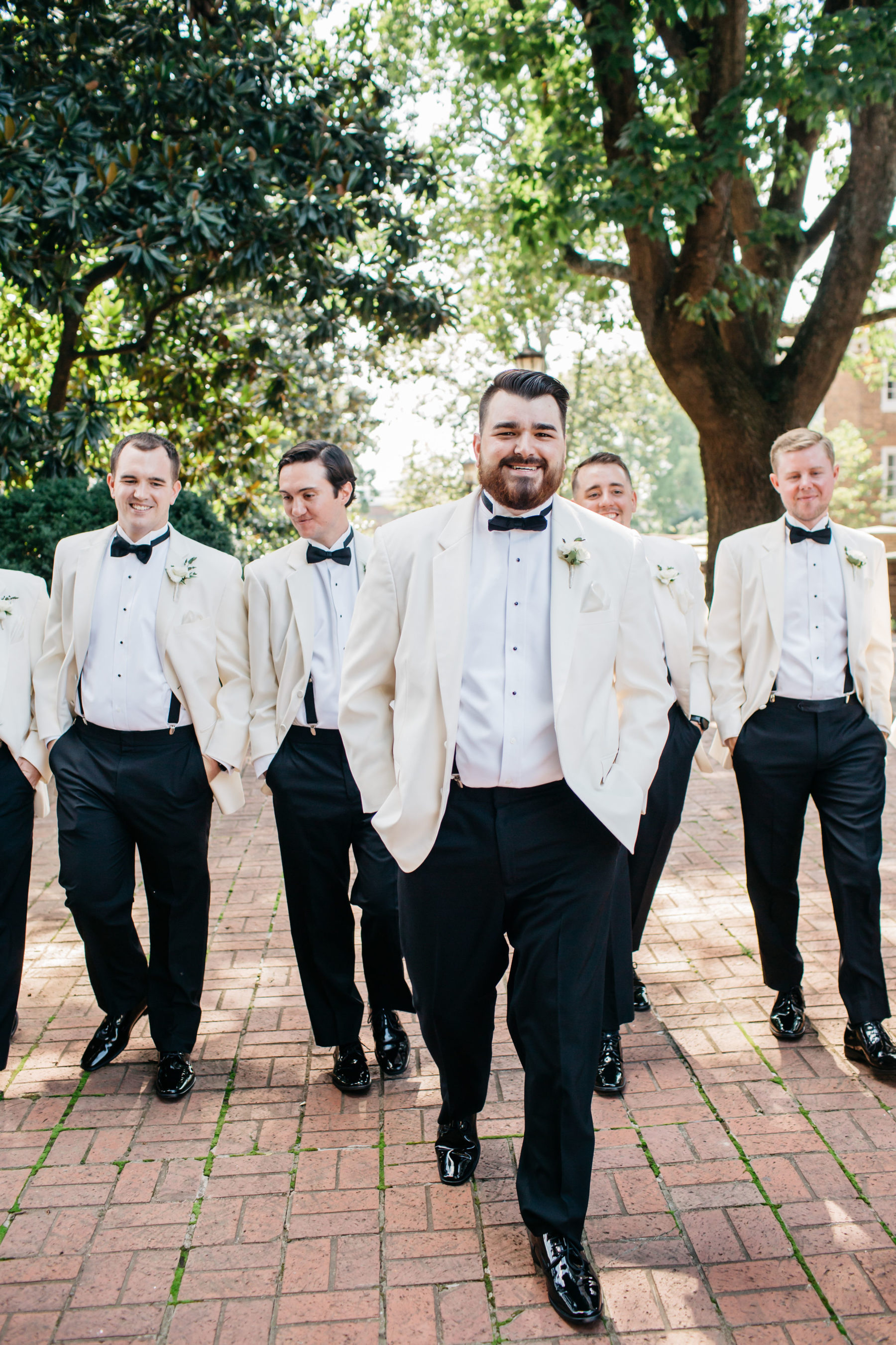 Simply Elegant Nashville Wedding captured by Meredith Teasley