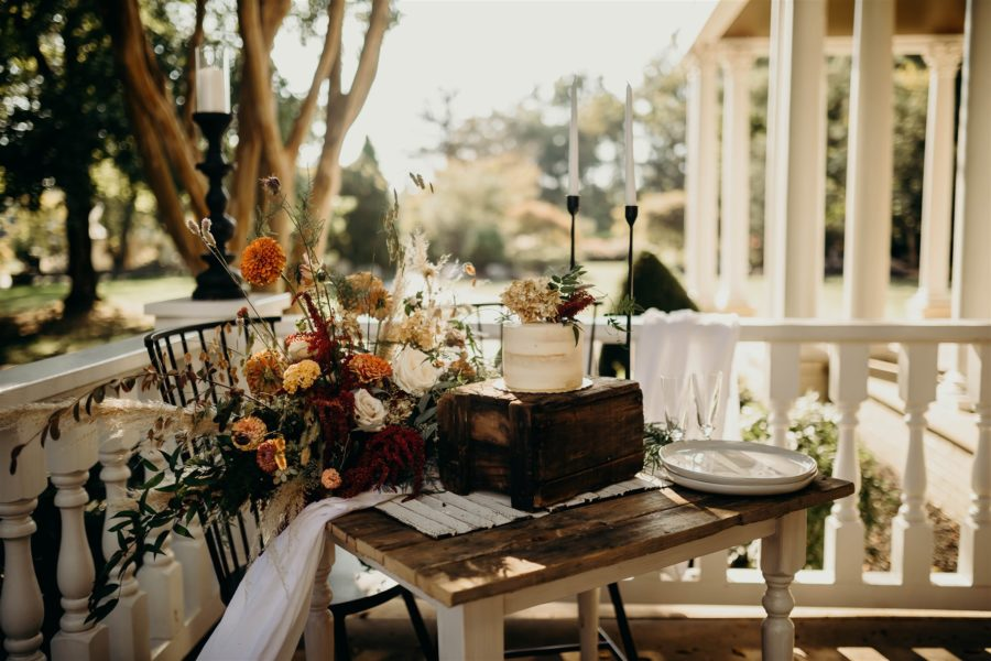 Boho Winter Wedding Styled Shoot by Riley Gardner Photography featured on Nashville Bride Guide