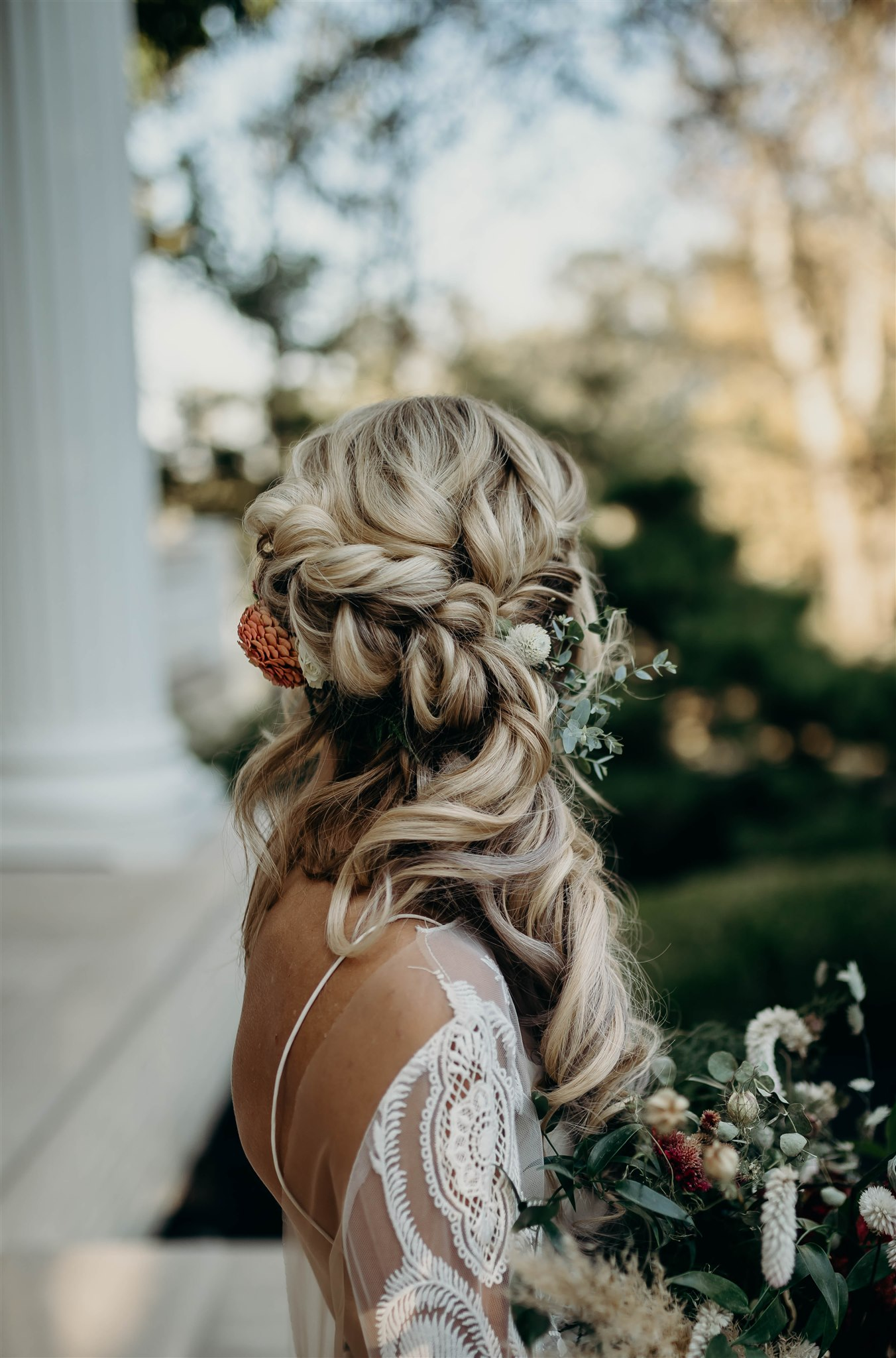 Boho bridal braid for Boho Winter Wedding Styled Shoot by Riley Gardner Photography featured on Nashville Bride Guide