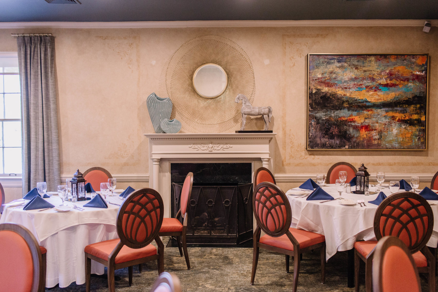 Room Options for Your Rehearsal Dinner at Mere Bulles featured on Nashville Bride Guide