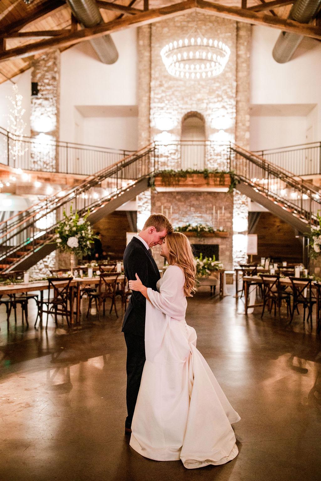 Romantic Wedding featured on Nashville Bride Guide