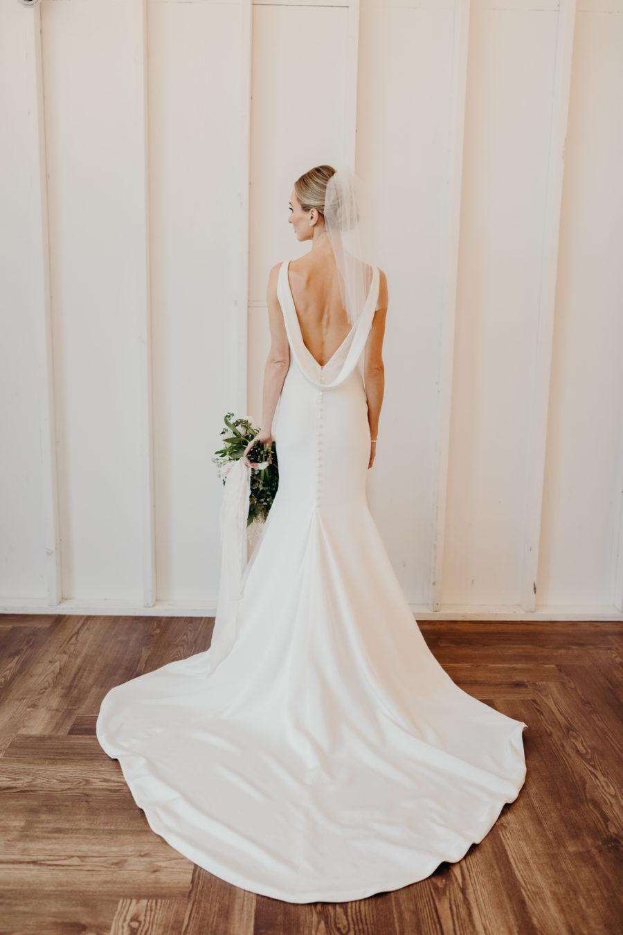 Olia Zavozina Wedding Dress: Lauren & Chris Lane's 14 TENN wedding featured on Nashville Bride Guide