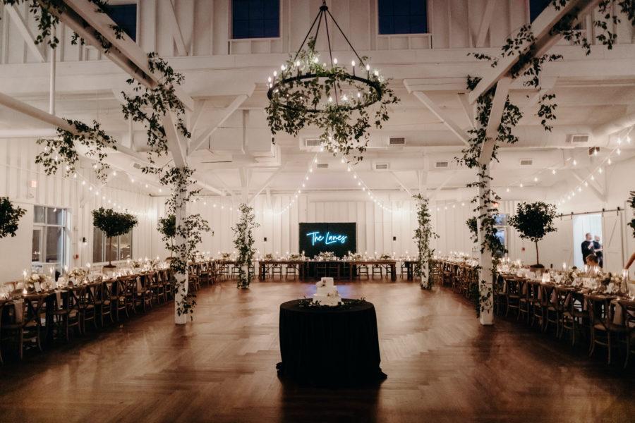 14 TENN: Lauren & Chris Lane's 14 TENN wedding featured on Nashville Bride Guide