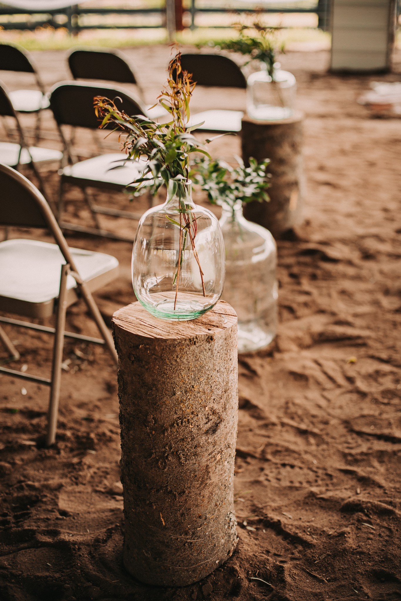 Wedding Ceremony Decor: Minimalistic Barn Wedding featured on Nashville Bride Guide