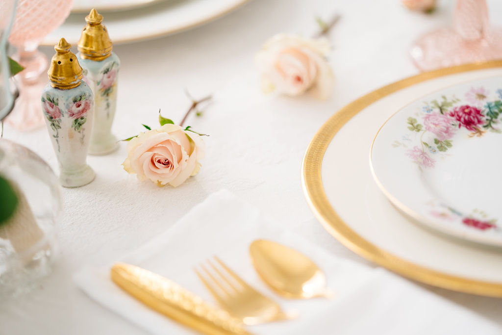 Wedding Place Setting Styled Shoot with The Wedding Plate featured on Nashville Bride Guide