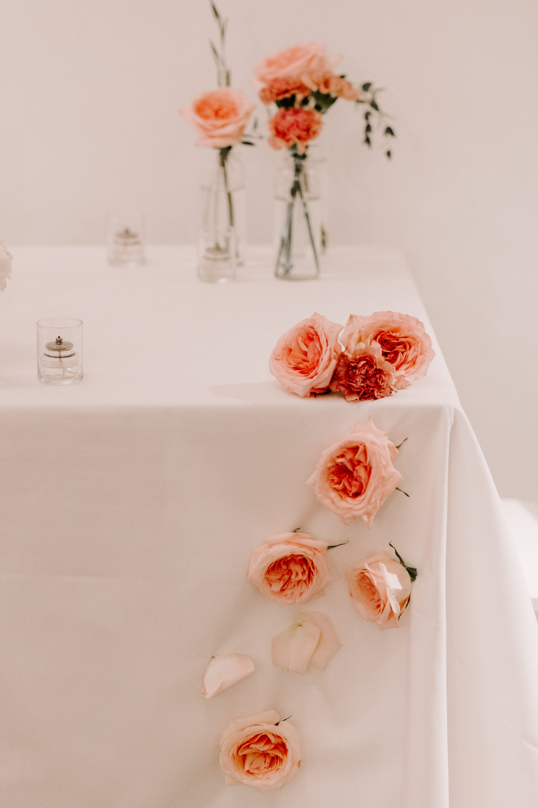 Wedding flower details: Abigail Bridges Photography featured on Nashville Bride Guide