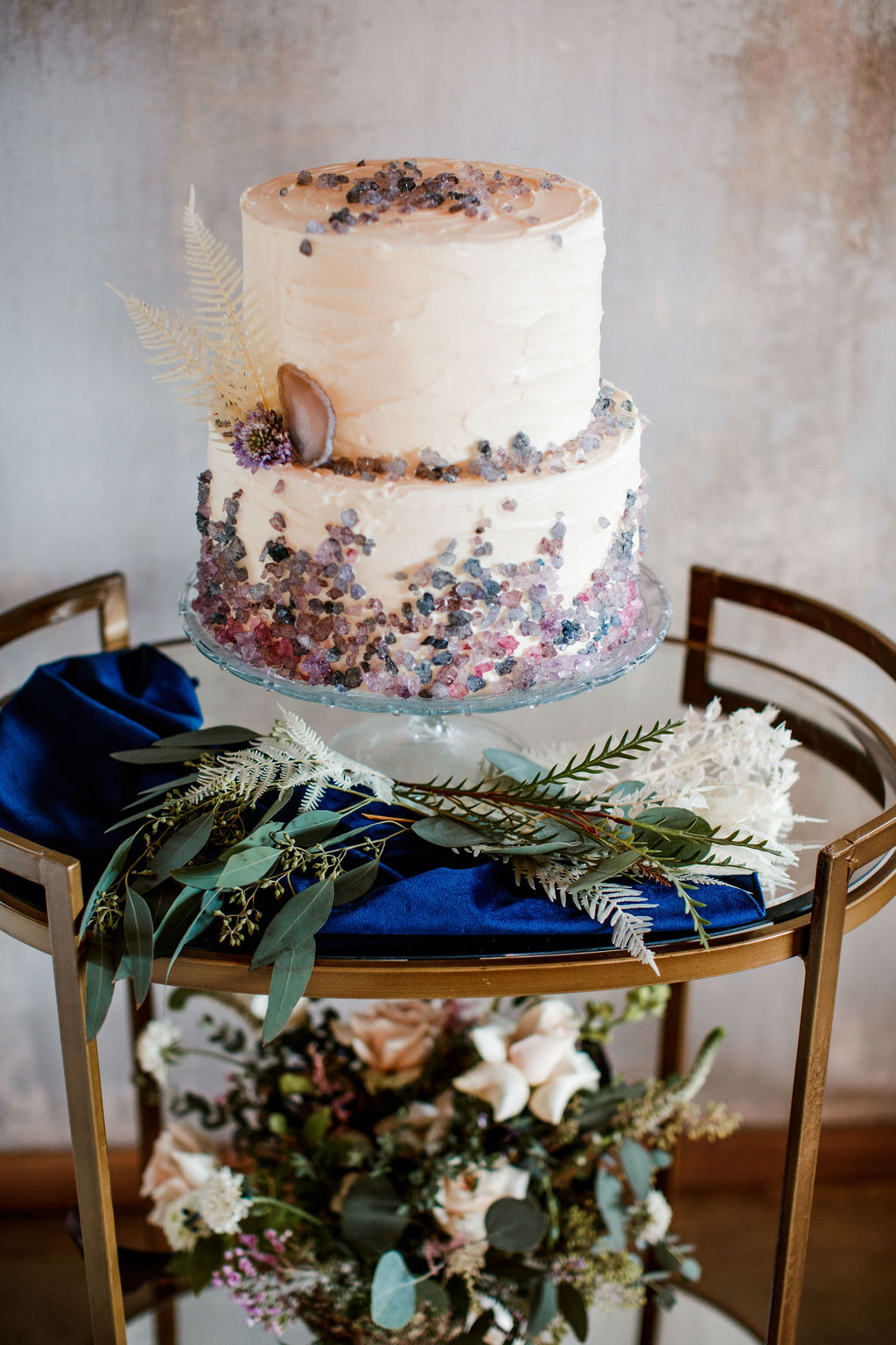 Modern wedding cake display: Moody Spring Styled Shoot and Cedarmont Farm featured on Nashville Bride Guide