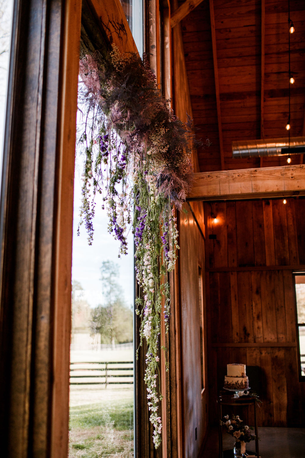 Memory of Elegance wedding flowers: Moody Spring Styled Shoot and Cedarmont Farm featured on Nashville Bride Guide
