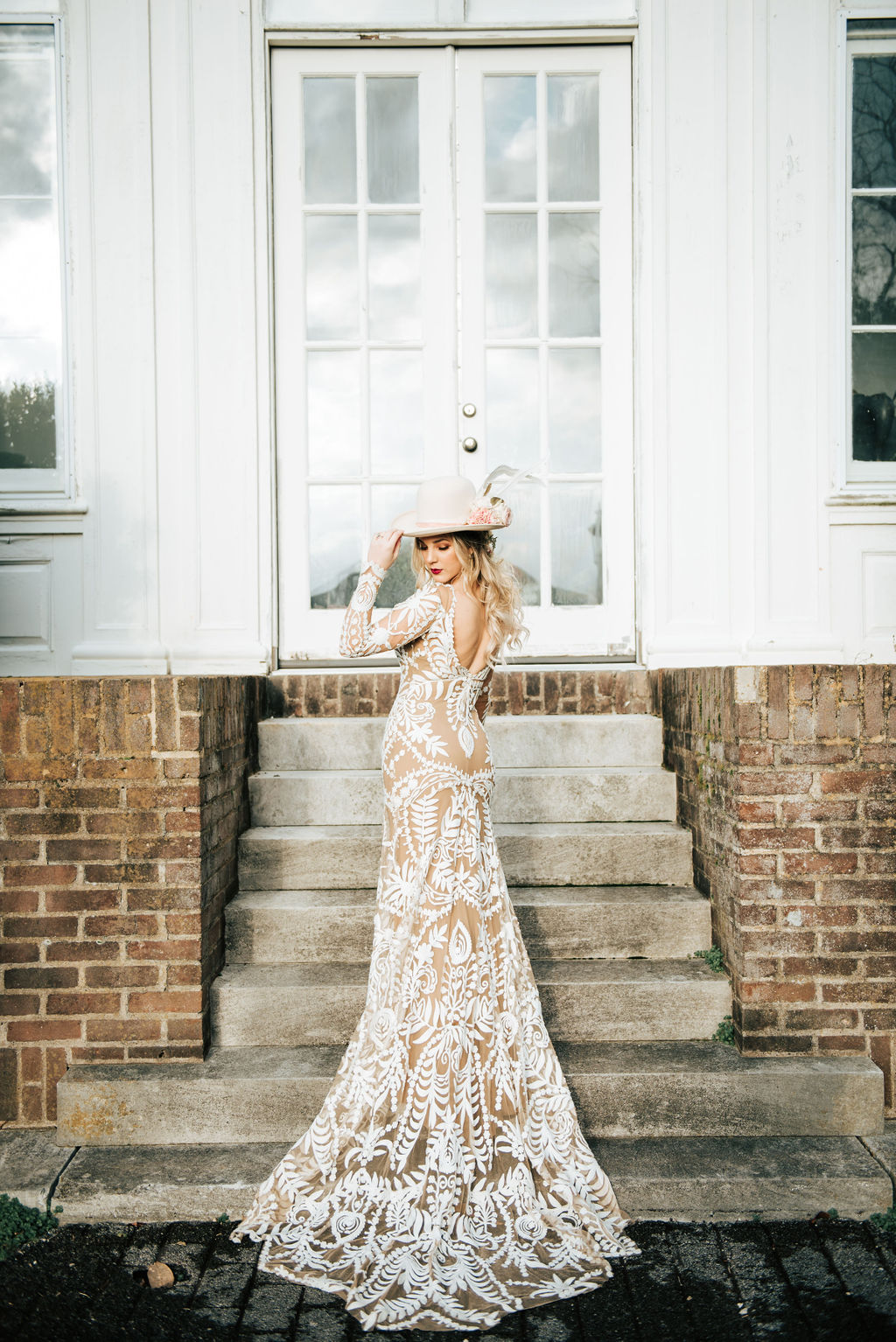 Laklin Brooke Photography featured on Nashville Bride Guide