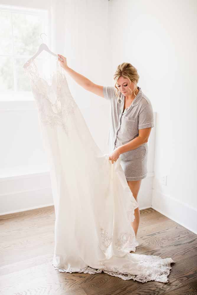 Fall Graystone Quarry Wedding featured on Nashville Bride Guide