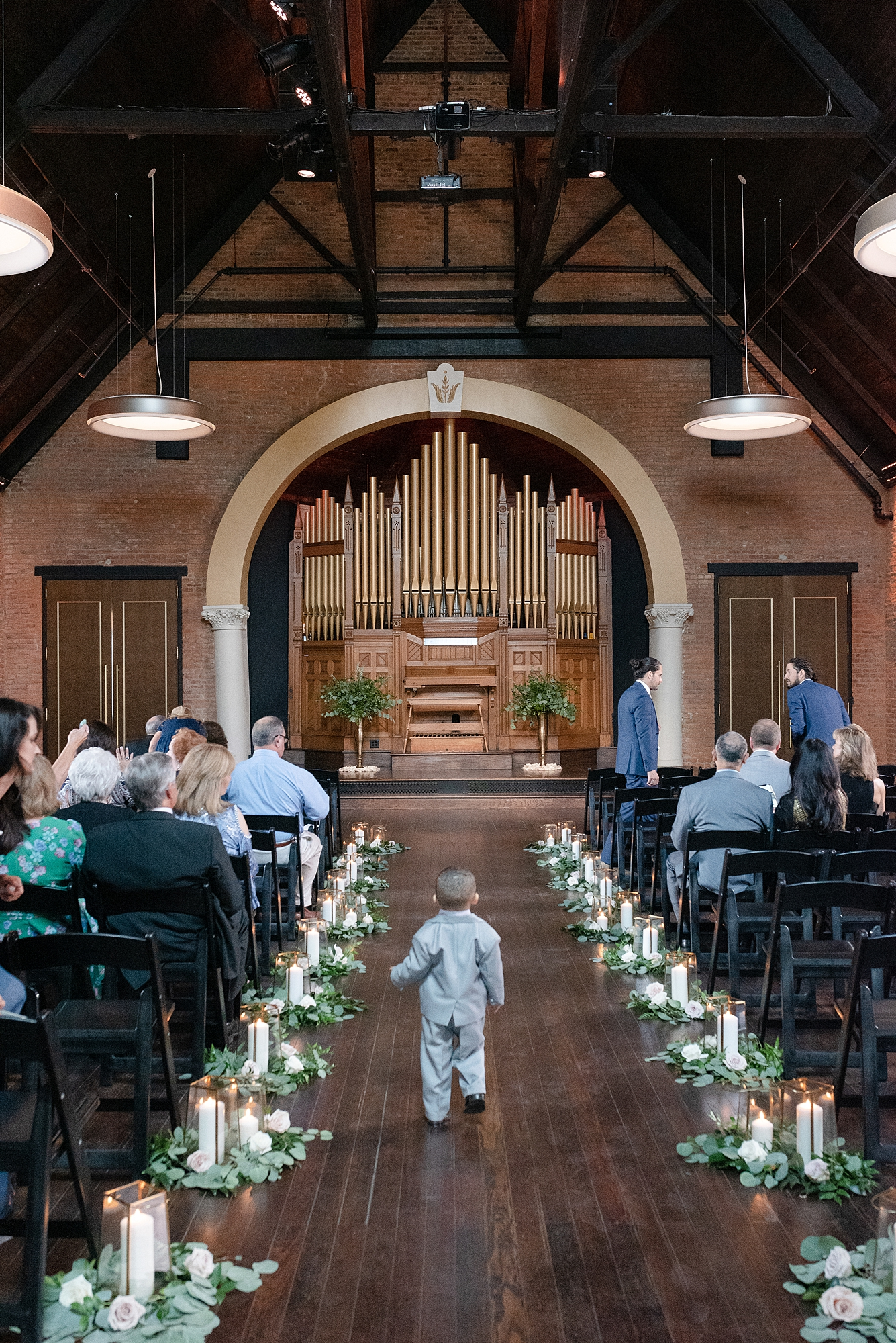 Wedding Ceremony: Modern and Southern Wedding at the Clementine featured on Nashville Bride Guide