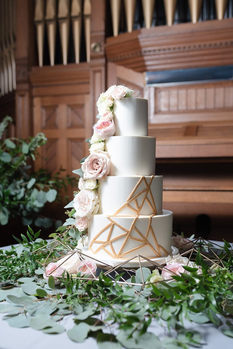 Gold and white floral wedding cake: Modern and Southern Wedding at the Clementine featured on Nashville Bride Guide
