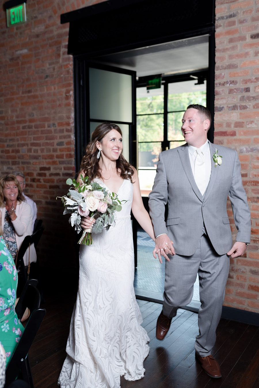 Dolly Delong Photography featured on Nashville Bride Guide