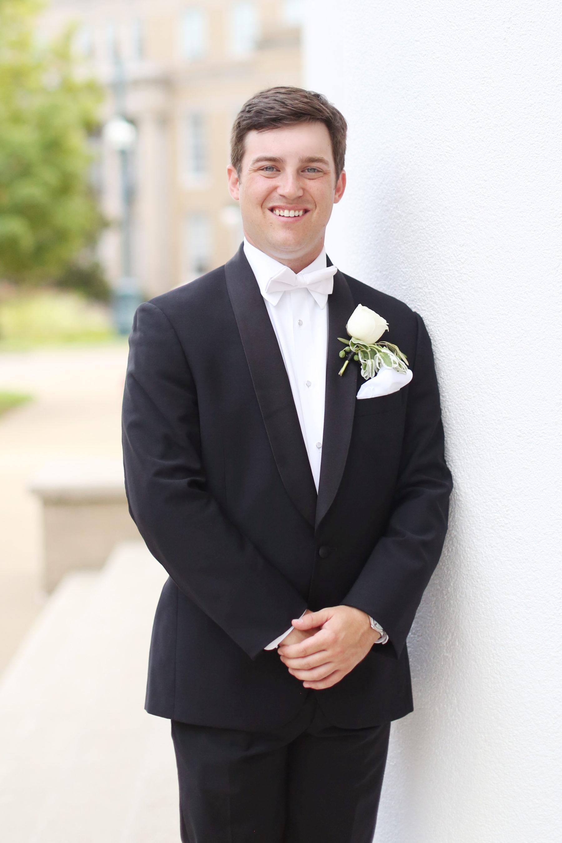 Grooms Portrait captured by Eliza Kennard Wedding Photography featured on Nashville Bride Guide