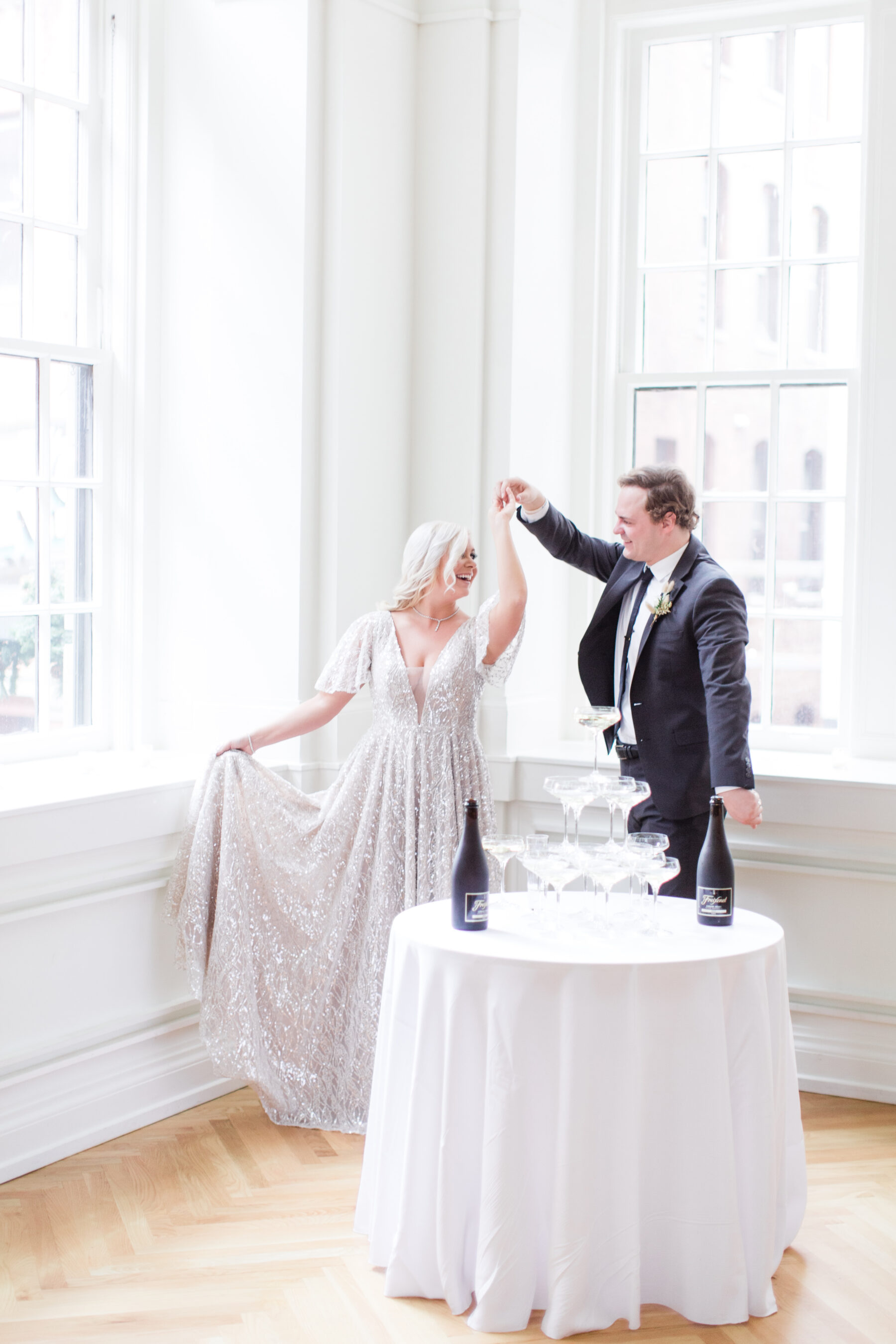 Classic, Yet Modern New Years Eve Wedding Inspiration featured on Nashville Bride Guide
