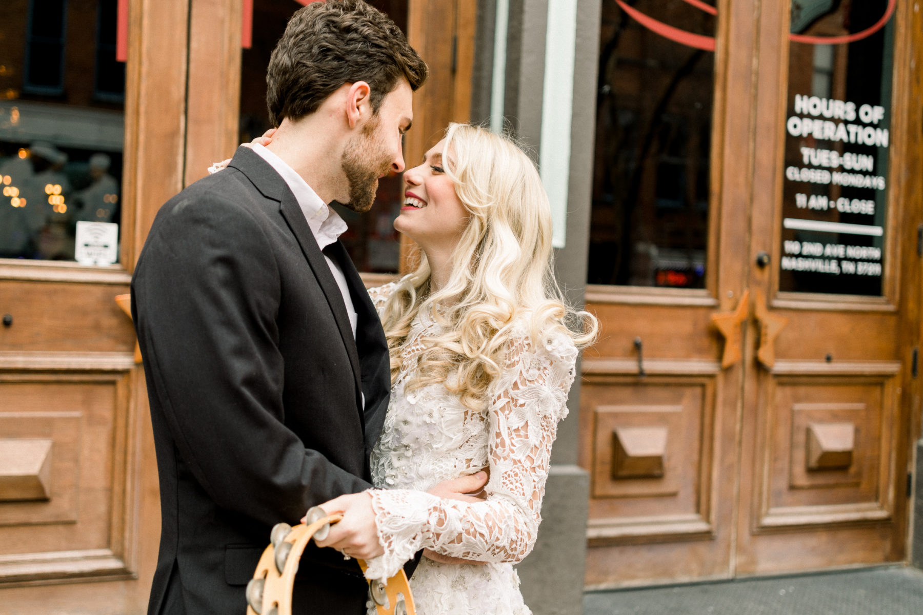 Urban Meets Elegance Styled Shoot by CMS Photography featured on Nashville Bride Guide