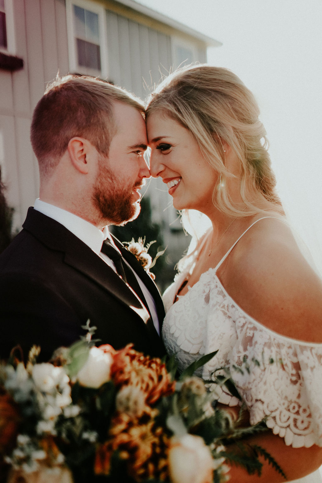 Wedding portrait: Glenai Gilbert Photography featured on Nashville Bride Guide
