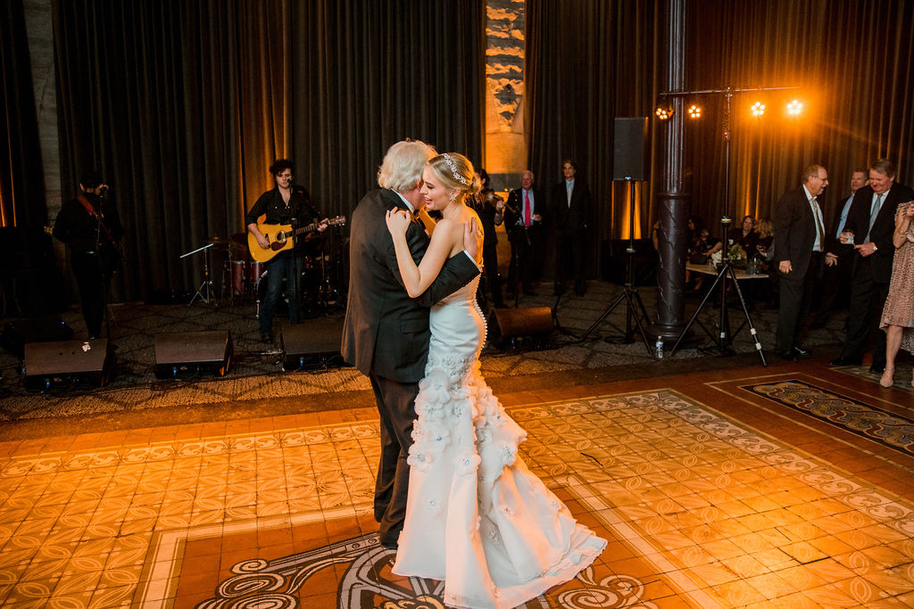 Father daughter wedding dance: Nashville wedding by John Myers Photography featured on Nashville Bride Guide