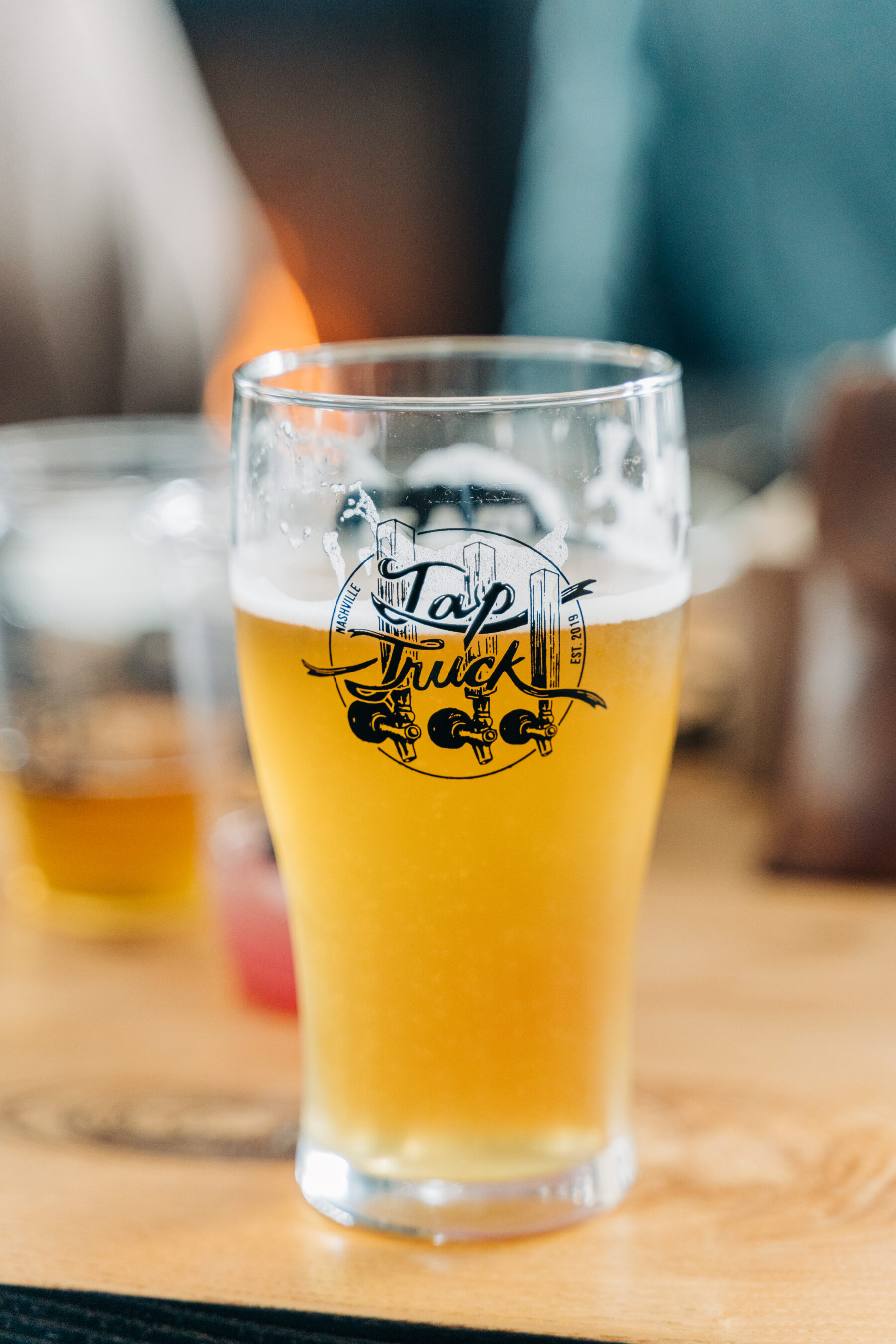 Fall Wedding Drink Options from Tap Truck Nashville featured on Nashville Bride Guide