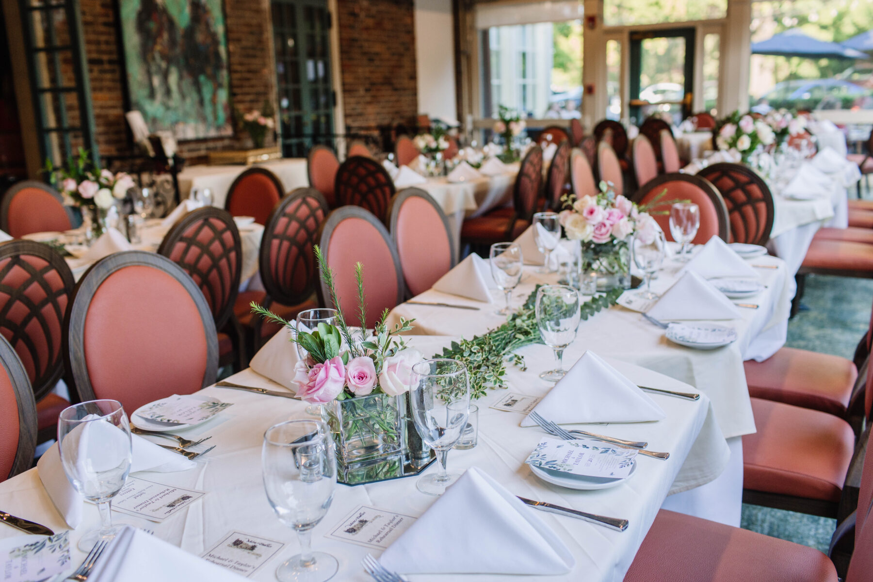Why You Should Host Your Anniversary Dinner at Mere Bulles featured on Nashville Bride Guide