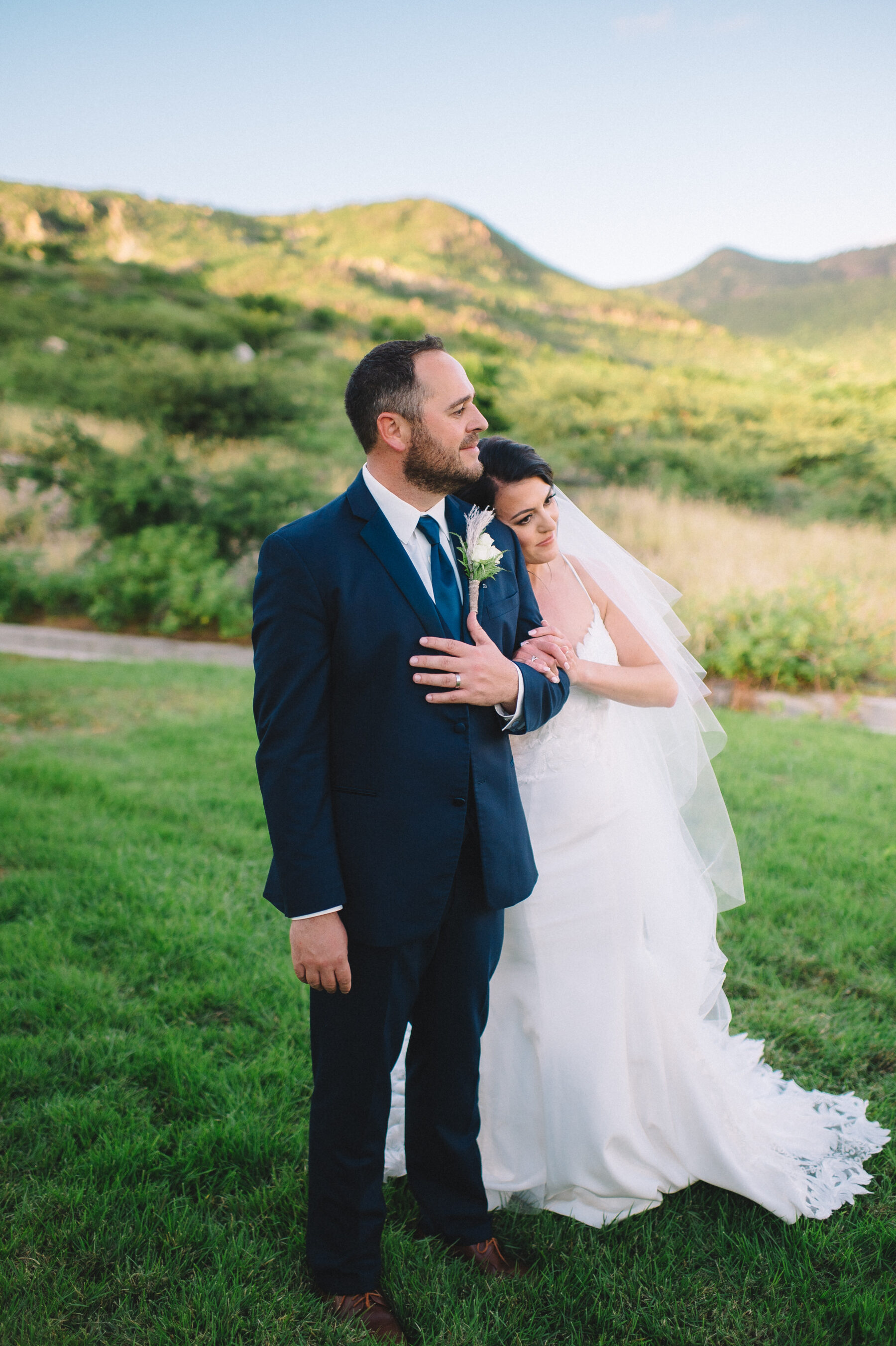 Couples photography: Intimate Caribbean Wedding by Details Nashville