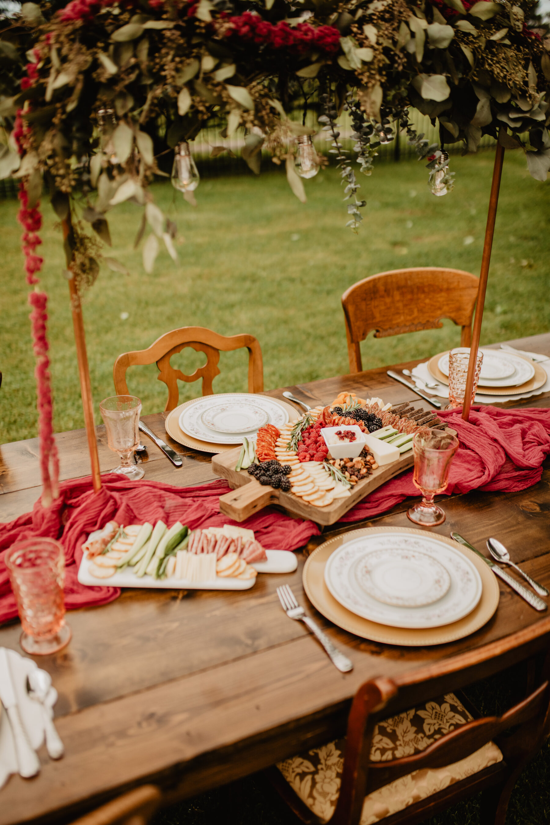 Outdoor wedding table decor: Stunning Fall Styled Shoot at Promise Manor featured on Nashville Bride Guide