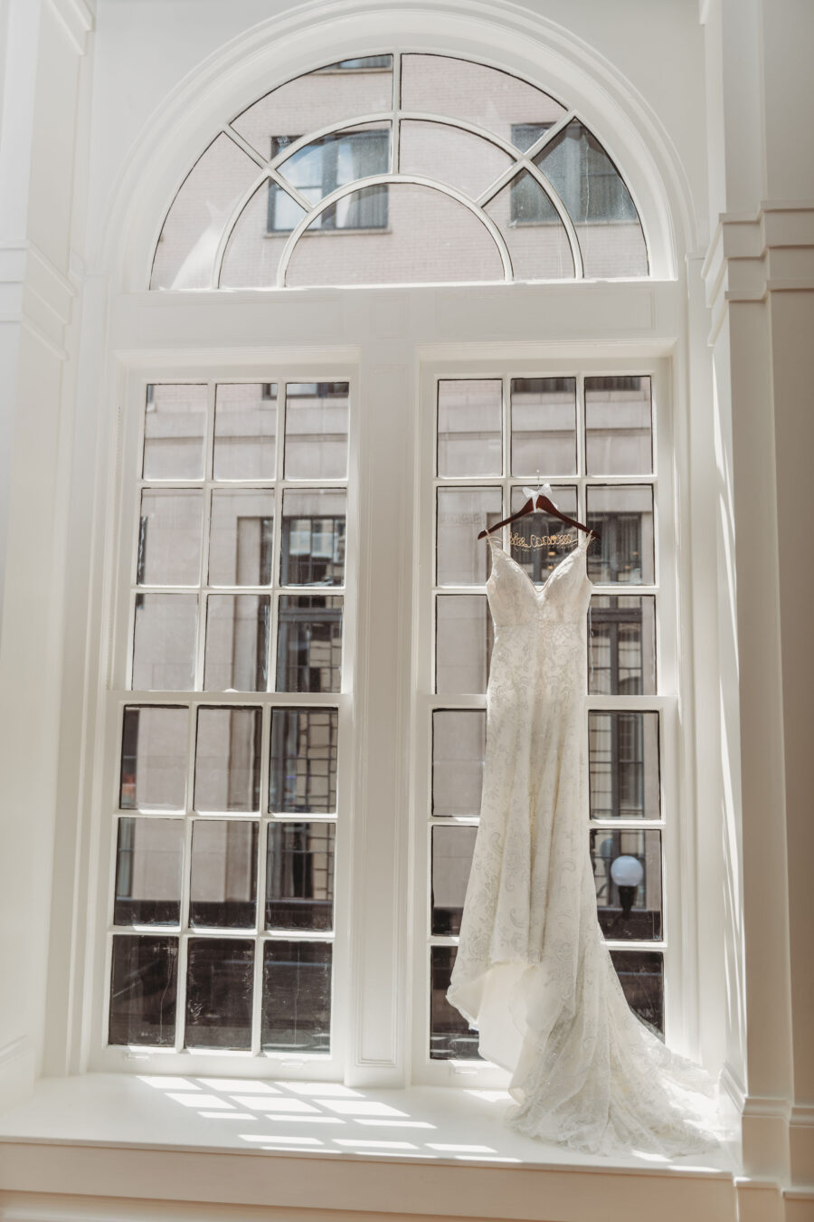 Wedding dress portrait: Summer Tennessee Wedding at Noelle from Jayde J. Smith Events featured on Nashville Bride Guide