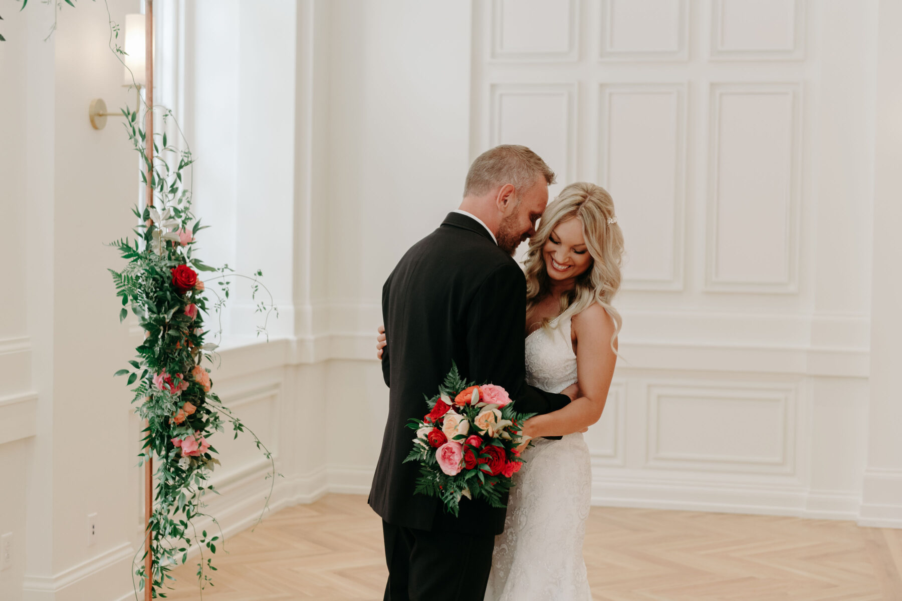 Summer Tennessee Wedding at Noelle from Jayde J. Smith Events featured on Nashville Bride Guide