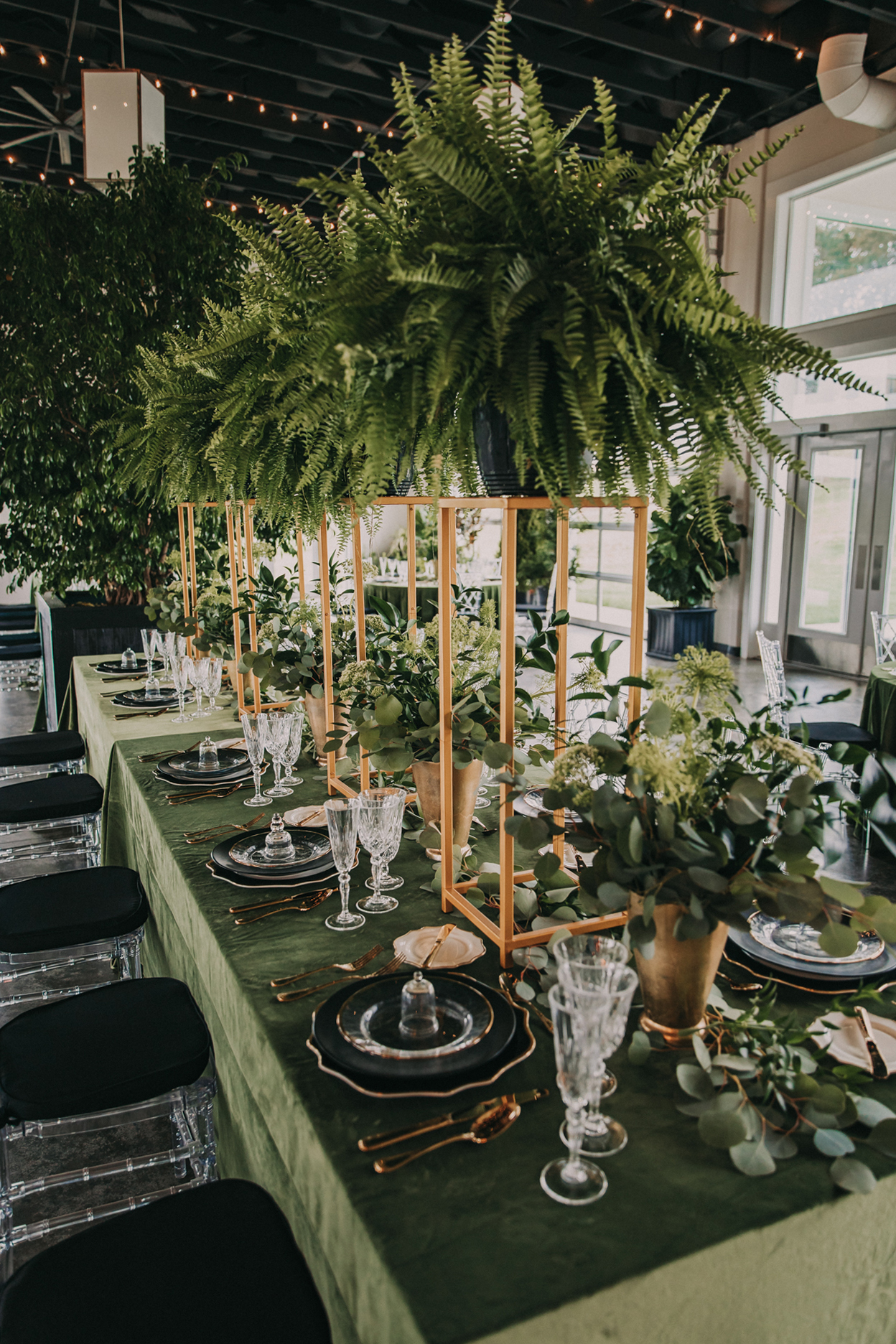 Tall greenery wedding centerpieces: Shades of Green Legacy Styled Shoot by Music City Events and Billie-Shaye Style featured on Nashville Bride Guide