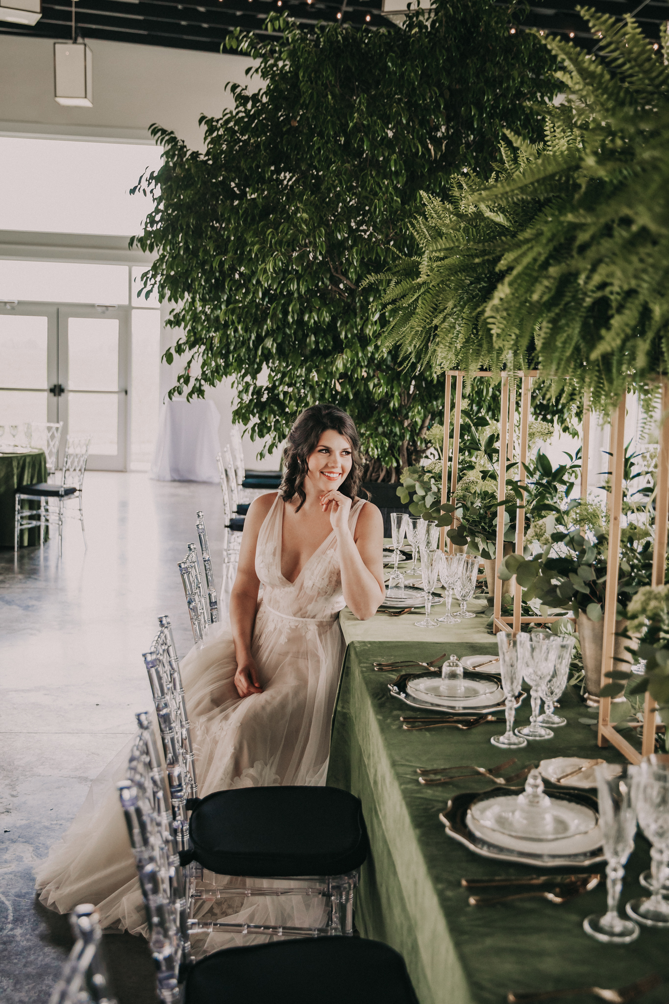 Bridal fashion: Shades of Green Legacy Styled Shoot by Music City Events and Billie-Shaye Style featured on Nashville Bride Guide